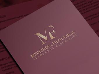 Identidade Visual e Materiais Impressos